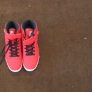 Teenis shoe